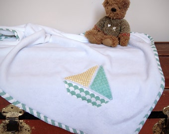 Baby blanket with boat - White baby blanket - White fleece blanket