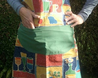 Apron with flowers and crockery design