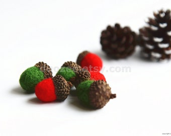 Set of 6 Handmade Needle Felted Acorns in Christmas Colors, Christmas Decoration