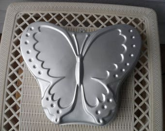 Vintage 1987 Wilton Butterfly Cake Pan  502-5409  Birthday, Easter, Spring  1297