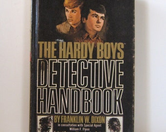 "Vintage 1972 ""The Hardy Boys Detective Handbook""by Franklin W. Dixon"