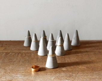 Concrete Ring Cone Set of 10  // Cement Ring Holder Set