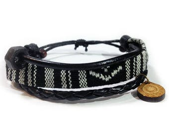 Leather ethnic bracelet - 9706