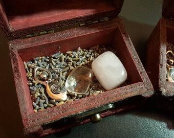 Goddess Infinite Love, Travel Altar