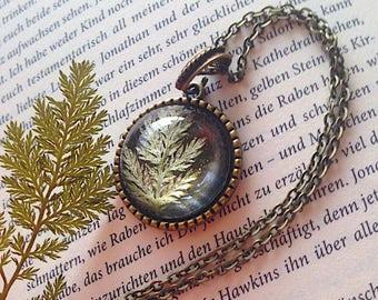 Fern Cabochon Unique, expressive resin jewelery in bronze