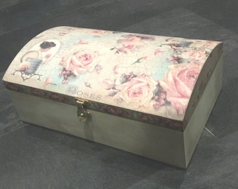 Jewelry box,Extra Large chest,Shabby chic extra large jewelry box,vintage,french roses.hand painted,decoupage box,armoire,chest,Gift for her