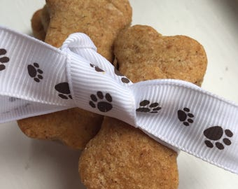 Dog Bone Treats - Peanut Butter //Homemade // gift ideas // training