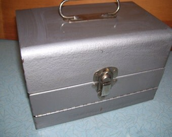 Vintage Logan Deluxe 8 mm all metal Film Chest