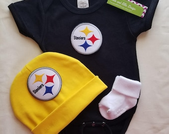 baby boy Pittsburgh Steelers outfit with hat-Steelers baby boy shower gift- Steelers romper-Pittsburgh Steelers bodysuit/steelers hat