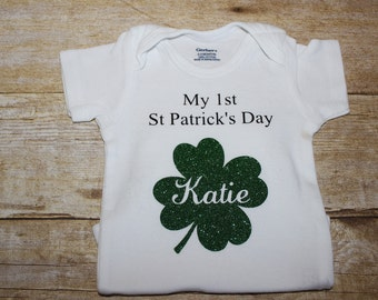 St Paddys day onesie, St Patricks day onesie, Shamrock onesie,Personalized St Patricks day onesie,Personalized St Paddys day onesie