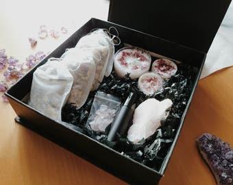 SALE DESTOCK Beautiful Gift Set, Love Set, Rose Quartz, Love Candles, Crystal Grid, Bath Tea, Botanical Perfume, Spell Kit, Spa Gift Box