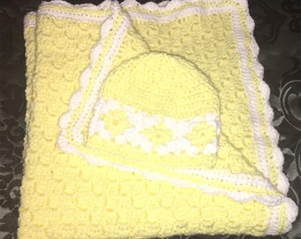Yellow and white large security blanket with matching hat