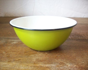 Vintage Bowl Green Enamel