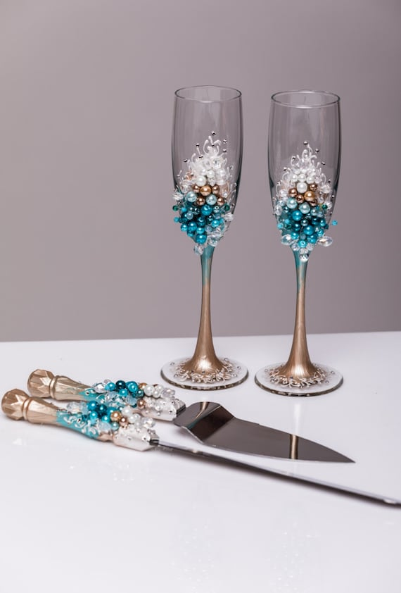 personalized wedding cake servers personalized wedding glasses and cake server set cake cutter 6482