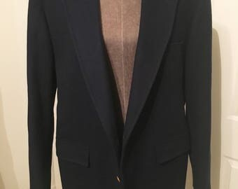"""Vintage mens wool sportcoat by Bruce Hulme. Gorgeous navy blue with gold buttons! Suit style is """"The Statesman"""""""