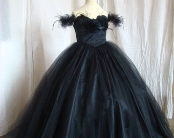 Girl dress Opera black tulle and feathers for wedding parties-events on order