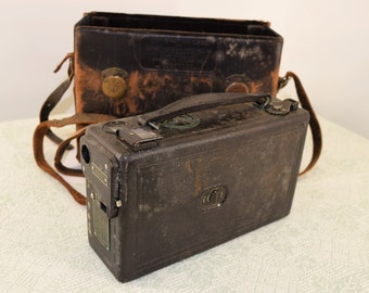 Cine Kodak Model B Movie Camera 16 mm with Case Vintage Antique