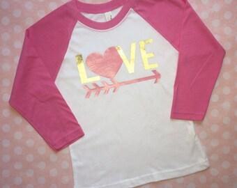 Valentines shirt, youth valentines shirt, kids valentine shirt, heart shirt, valentines raglan, valentines love shirt, love shirt