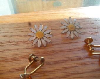 vintage clip on earring lot