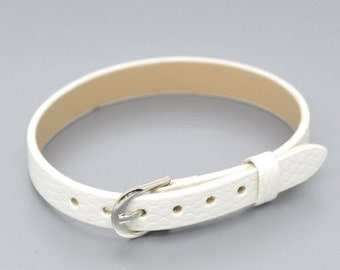 1 support faux White leather bracelet