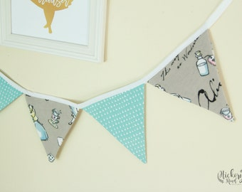 ALICE in WONDERLAND themed SHORT bunting, pennant banner, flags, nursery decor, tea party decor, baby shower, kids room
