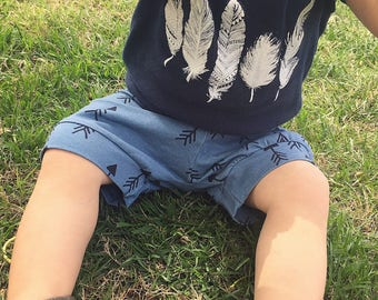 fresh arrow harem shorts | summer shorties | gender neutral kid shorts | toddler shorts | baby shorts | blue shorts | boy shorts | arrow