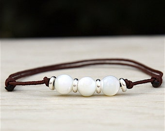 String to choose beads bracelet in mother-of-Pearl and donuts in Silver 925