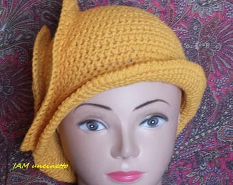 Spiral crochet Hat yellow cotton