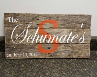 Custom Name Sign, Wedding Gift Sign, Pallet Last Name Sign, Rustic Sign, Established Date Family Sign,Weathered sign