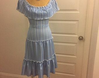 Tiered 70s peasant boho dress