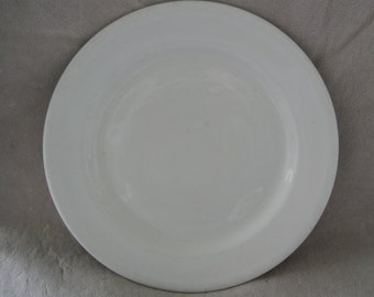 Restaurant Ware  shenango  China Plate  Dinner Plate 9 Inch Diameter 1951