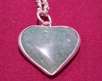 Semi precious stone  / crystal necklace chain pendant heart