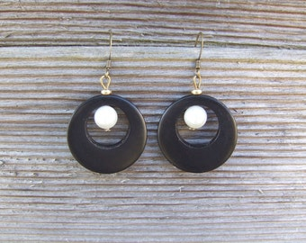 Wood (Macassar ebony) and cultured pearls earrings