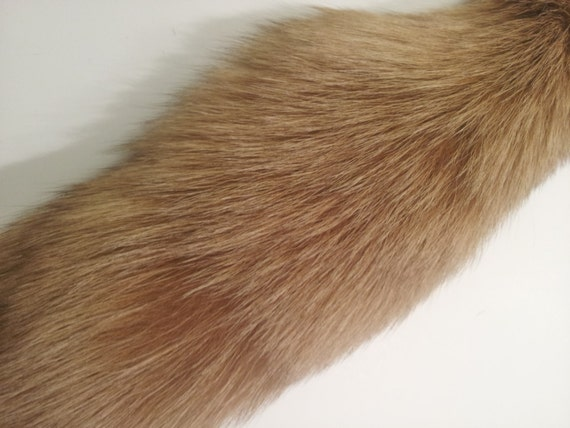 Fox fur tail fur tails fox fur fur crafts craft fur for Furry craft