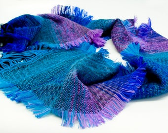 "the handweaving scarf ""Viroslava"""