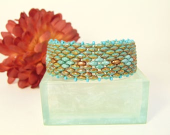 Silky Peyote Stitch two tone bracelet in Turquoise and Copper