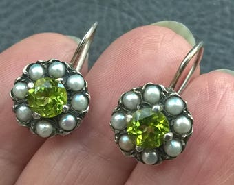 Vintage 925 Sterling Silver Pearl Peridot Dangle Earrings