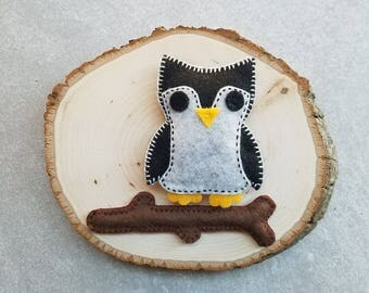 Felt Owl Branch Magnet Set