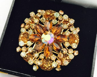 Large 1950's Rhinestone Brooch