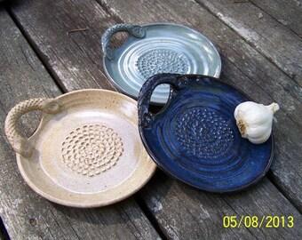 Garlic Grater Dipping Dish