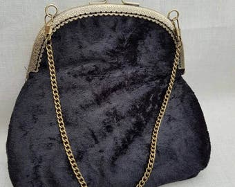 Black Crushed Velvet Kiss Clasp Clutch Bag/Purse/Evening Clutch Bag/Prom Bag