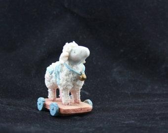 Sheep figurine, Ewe make being friends special, 1993 Priscilla Hillman
