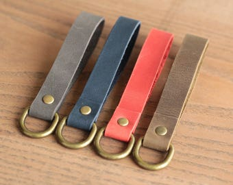 Personalized leather keychains  Leather key fob  Leather keyring  - 9 colors - Free personalization