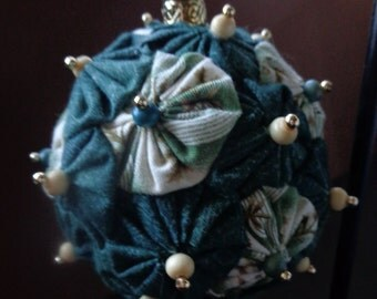 Fabric Yo-Yo Ornament
