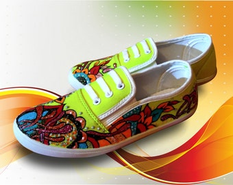 Hipster, hand paint women's shoes moccasin teenagers baby moccasins bright coloured drawn moccasins