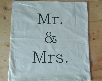 "Cushion cover 50 x 50 cm ""Mr. & Mrs."" hand painted"