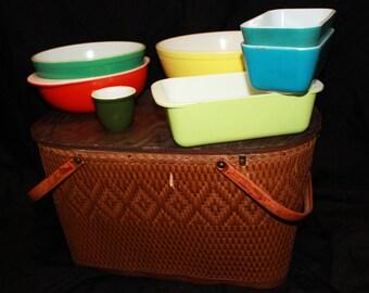 Pyrex Dish Set