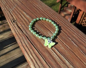 Pepperlonely Lime Green Bracelet with Butterfly Charm