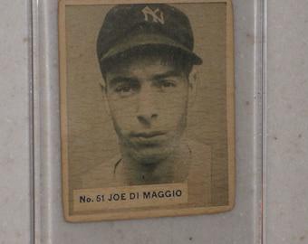 1936 World Wide Gum Joe DiMaggio Rookie in Screwdown Case - Rare Canadian Card