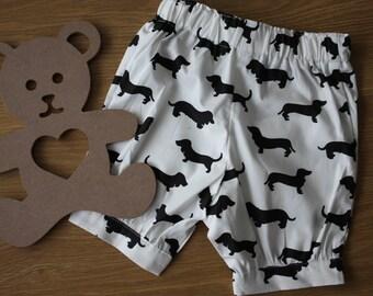 Dachshund print bloomer shorts, size 3 - 6 months.